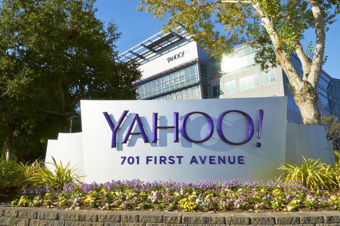 Yahoo Sunnyvale Sign
